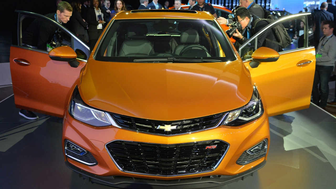 Chevrolet Cruze Hatchback 2017 sắp lên kệ, giá phải chăng - 5