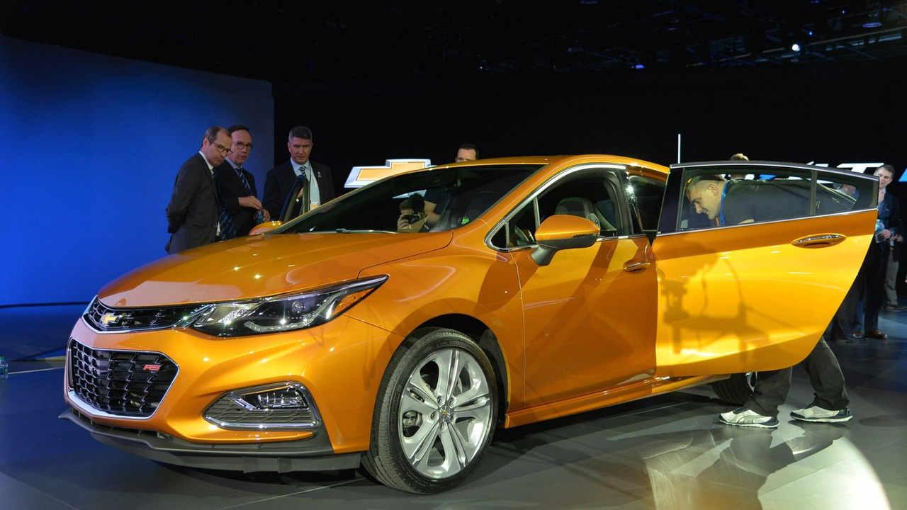 Chevrolet Cruze Hatchback 2017 sắp lên kệ, giá phải chăng - 7
