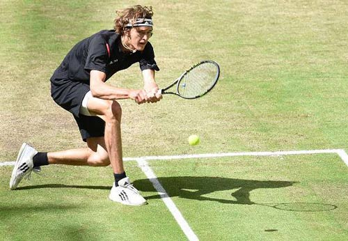 4 cú sốc hứa hẹn ở Wimbledon: Tài không đợi tuổi - 3