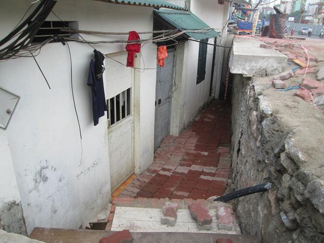 Hà Nội: Đường nghìn tỷ làm xong bịt lối vào nhà dân - 5