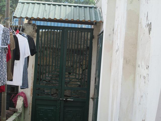 Hà Nội: Đường nghìn tỷ làm xong bịt lối vào nhà dân - 8