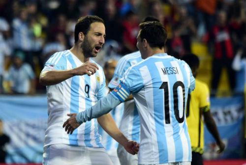 Mỹ - Argentina: Gã tý hon và người khổng lồ - 2