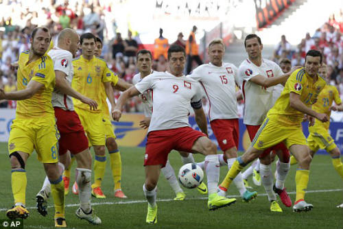 Ba Lan vs Ukraine - 1