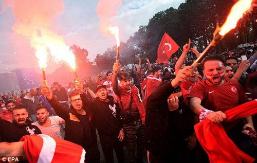 Chi tiết CH Séc - Thổ Nhĩ Kỳ: Bất lực (KT) - 10