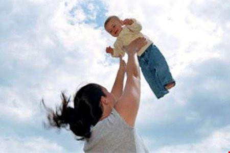 Rung lắc, đưa võng mạnh có thể làm trẻ tử vong - 1