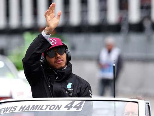 """F1, thuyết âm mưu ở Mercedes: Hamilton bị """"dìm"""" - 2"""