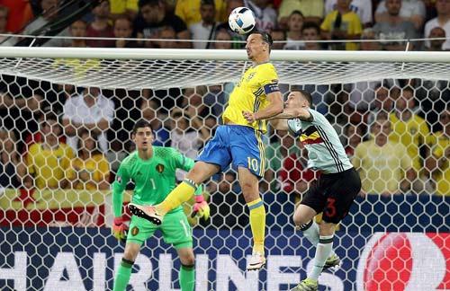 """Toàn cảnh Ibrahimovic """"cháy"""" lần cuối cùng ĐT Thụy Điển - 4"""