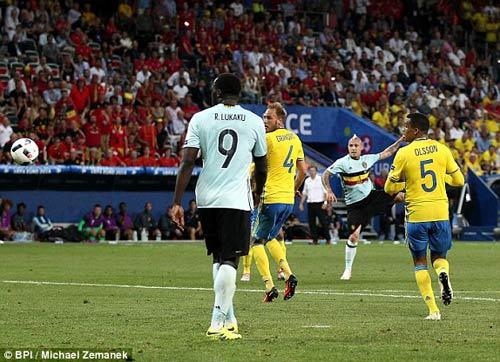 """Toàn cảnh Ibrahimovic """"cháy"""" lần cuối cùng ĐT Thụy Điển - 10"""