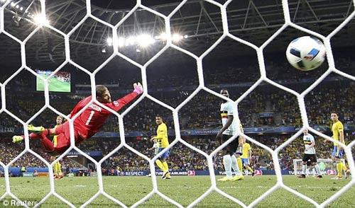 """Toàn cảnh Ibrahimovic """"cháy"""" lần cuối cùng ĐT Thụy Điển - 11"""