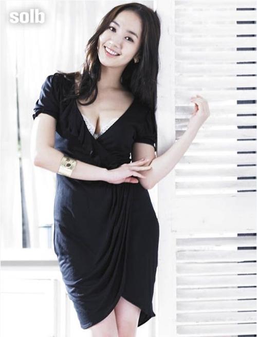 Nhan sac ban gai cu Lee Min Ho - 4