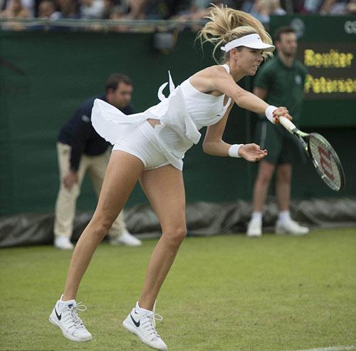 """Wimbledon gợi cảm: Váy áo nữ """"có như không"""" - 2"""