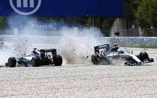 F1 sau 1/3 mùa giải: Ferrari tấn công, Mercedes giữ ngai - 2