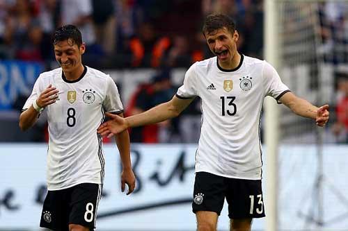 Vòng 1/8 EURO 2016: Hai bộ mặt của tuyển Đức - 1