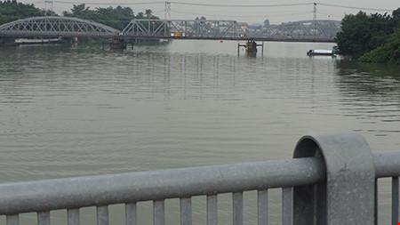 Chùm ảnh: Cầu Ghềnh mới trước ngày thông tàu - 10
