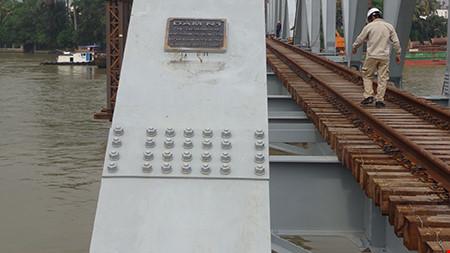 Chùm ảnh: Cầu Ghềnh mới trước ngày thông tàu - 8