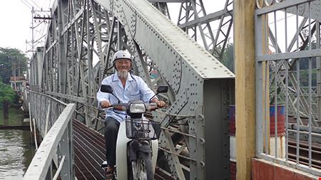 Chùm ảnh: Cầu Ghềnh mới trước ngày thông tàu - 9