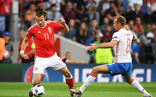EURO 2016: Ronaldo sút gấp đôi Bale, hơn 8 đội khác - 3