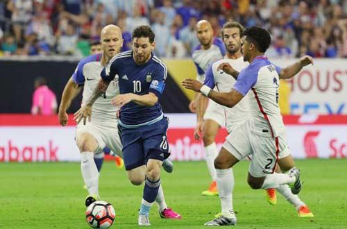 Vật cản lớn nhất với Messi: Thế hệ Vàng của Chile - 2