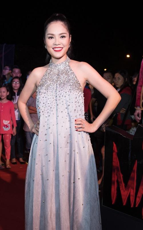 Dương Cẩm Lynh che khéo bụng bầu dự sự kiện - 3
