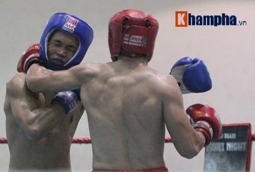 Em trai Duy Nhất vô địch kịch tính trên sàn kickboxing - 3
