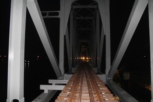 Đêm trên công trường cầu Ghềnh - 8