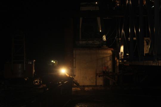 Đêm trên công trường cầu Ghềnh - 9