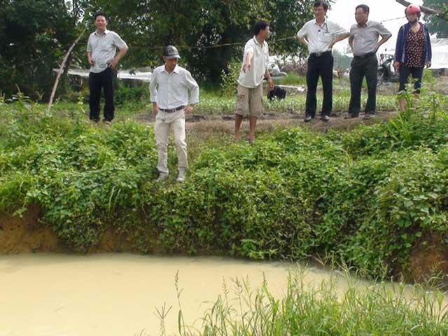 3 trẻ chết thương tâm dưới hố nước tưới rau - 1