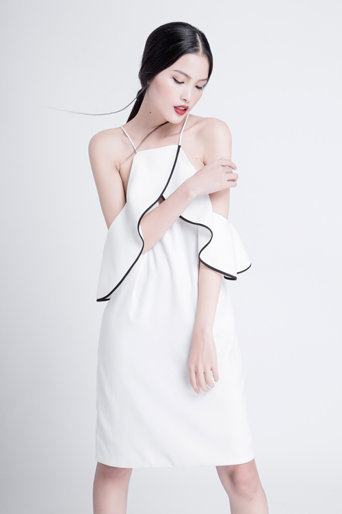 Hạ nhiệt mùa hè với váy áo mỏng nhẹ như Chà Mi - 3