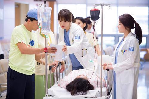 Nữ bác sĩ xinh ngất ngây đang hot nhất màn ảnh Hàn - 4