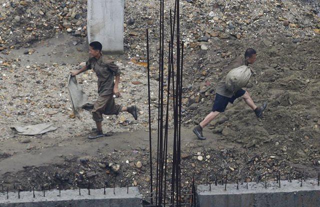 Triều Tiên yêu cầu dân làm việc cật lực trong 200 ngày - 1