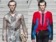 Louis Vuitton: Khi trai đẹp mặc áo xuyên thấu