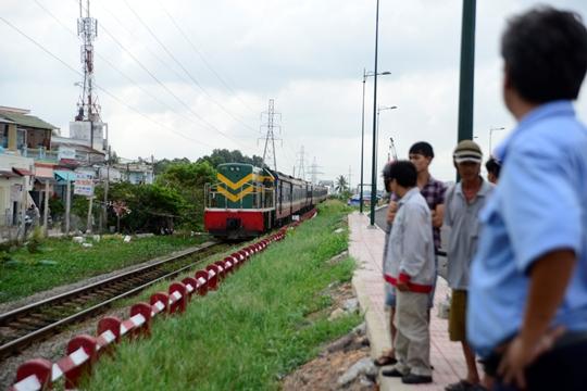 Đường sắt Bắc – Nam chính thức thông tuyến - 2