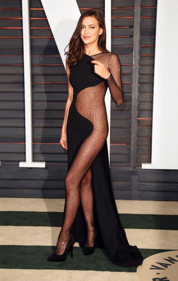Irina Shayk mặc váy ngủ đi dự tiệc hạng sang - 5