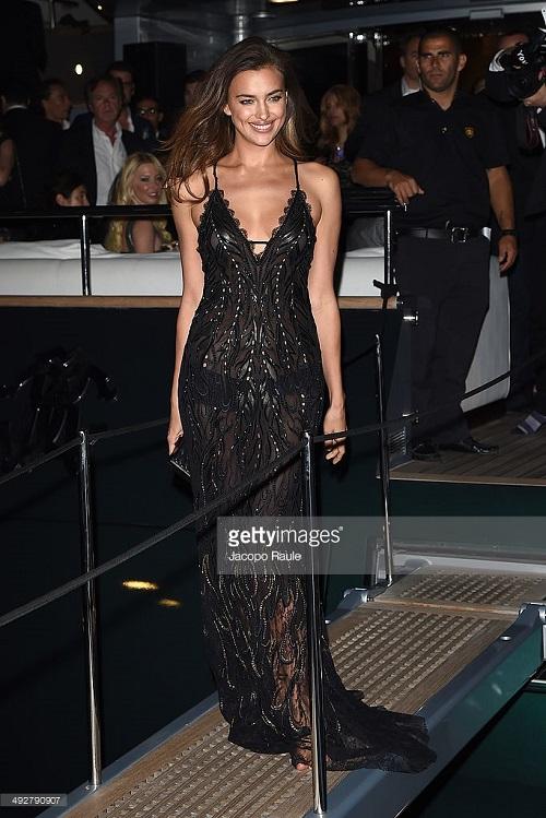 Irina Shayk mặc váy ngủ đi dự tiệc hạng sang - 6