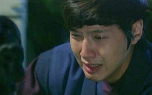 """Chồng khóc nức nở trước mặt vợ khi bị """"rau"""" chăn - 1"""