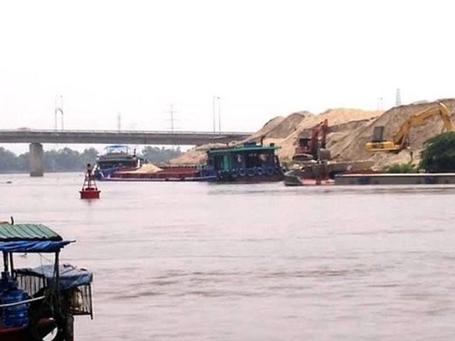 """Truy bắt """"cát tặc"""" trên sông Đáy, một CSGT hi sinh - 1"""