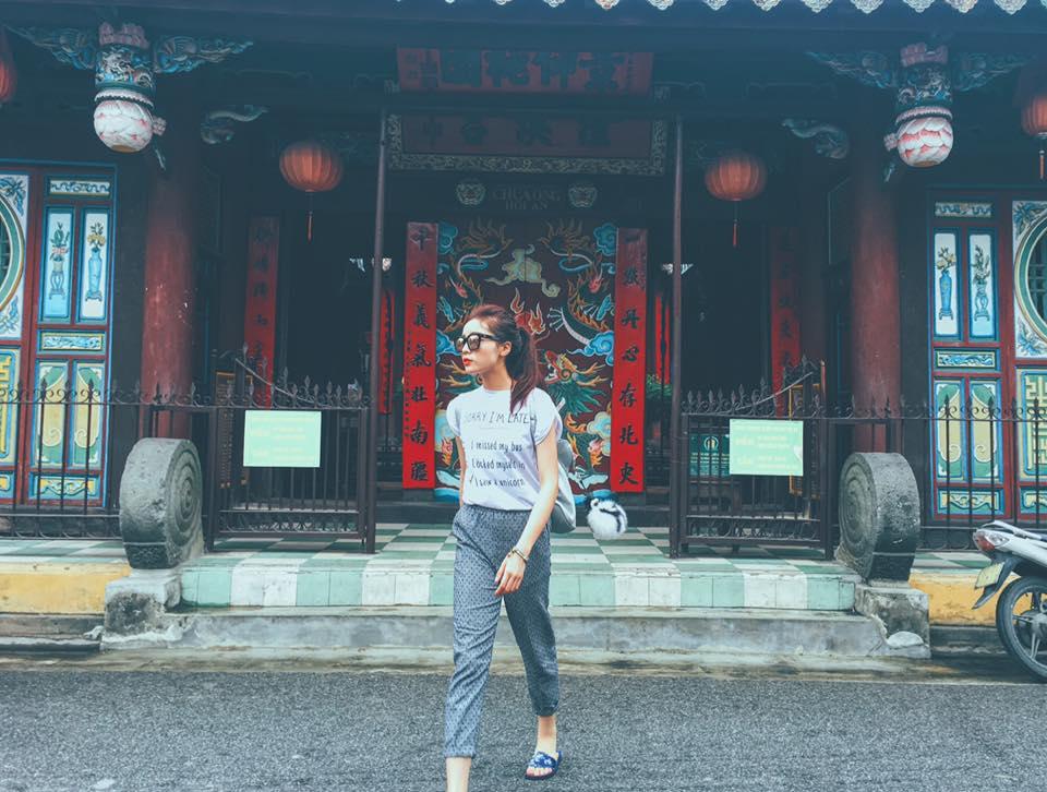 Hoa hậu Kỳ Duyên diện đồ sành điệu đi du lịch - 12