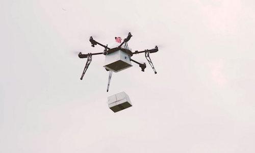 Chuyến giao hàng đầu tiên bằng thiết bị bay không người lái - 1