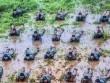 Ảnh: Lính chống khủng bố TQ lăn lộn trong sình lầy