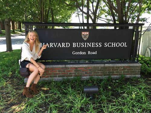 Tin thể thao HOT 26/6: Nhàn rỗi, Sharapova học ĐH Harvard - 1