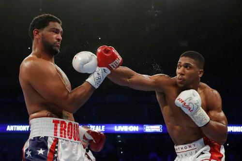Boxing: Lập kỷ lục knock-out, Joshua bảo vệ đai IBF - 1