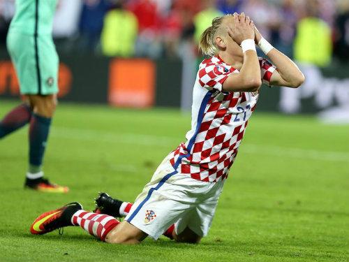 "Ảnh đẹp Euro 25/6: Ronaldo ""hẹn hò"" Lewandowski - 14"