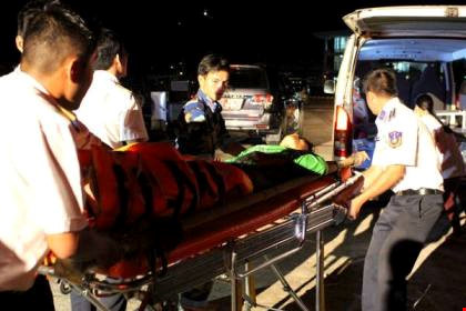 Tìm thấy 2 thi thể trong vụ nổ tàu cá trên biển - 1