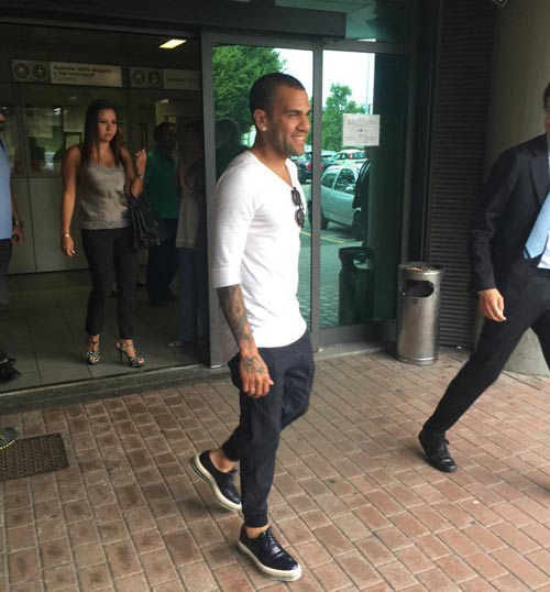 Tin HOT tối 27/6: HLV Blanc chính thức chia tay PSG - 2