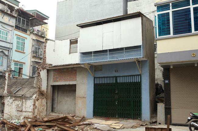 Dãy phố nhà siêu mỏng mọc lên dọc bờ mương ở Hà Nội - 6