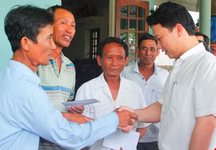 Chủ tịch tỉnh trẻ nhất nước tái đắc cử với phiếu tín nhiệm tuyệt đối - 1