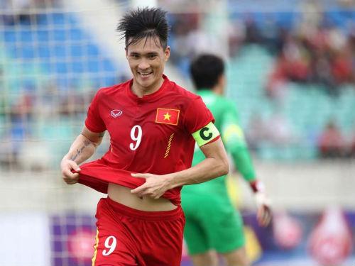 Kẻ ngược đường của bóng đá Việt Nam - 1