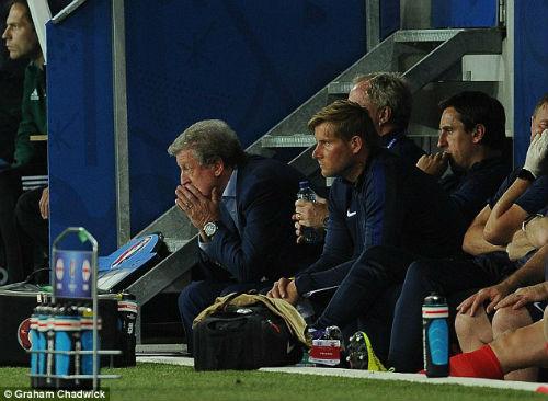 ĐT Anh: Roy Hodgson từ chức, chuyên gia chê bai thậm tệ - 1