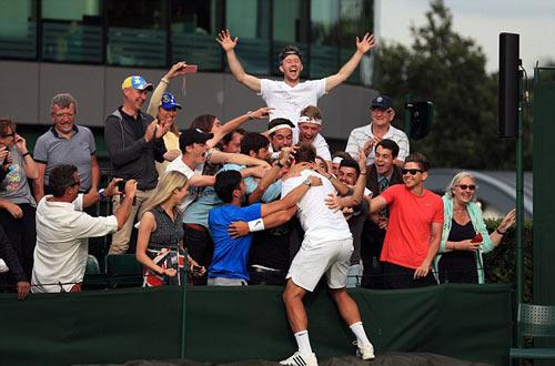 """Wimbledon: Tay vợt vô danh """"đổi đời"""" nhờ người yêu - 5"""
