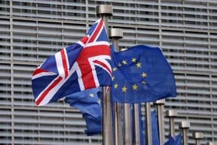 Thế giới mất trắng hơn 3.000 tỷ USD vì Brexit - 1